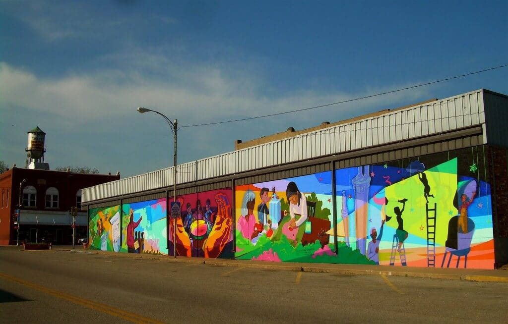 19 The Mid America Mural Project